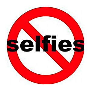 What Grinds My Gears: Selfie Etiquette