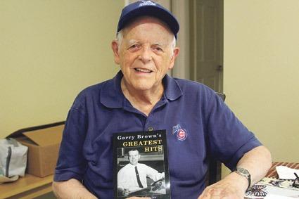 Longtime Springfield Republican sportswriter Garry Brown visits AIC